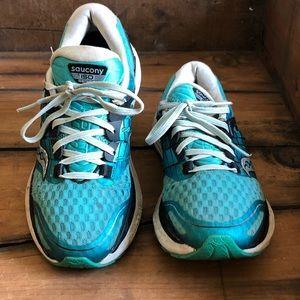 Saucony Womens Sz 7.5 Everun Triumph IsoFit Shoes